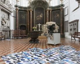St. Marienkirche_Marta Deskur_Fanshon II_2003_& Alexandra Ranner_Haus II_Foto Marcus Schneider