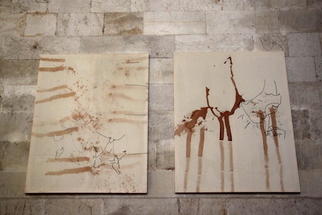 Ausstellungsansicht Erlöserkirche Jerusalem, Chris Newman, 13-020 und 13-021, 2009 Courtesy Artist, Foto Thomas Bender